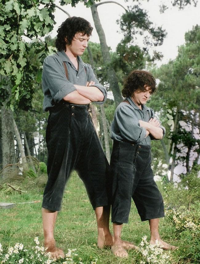 Elijah Wood-nak egy hobbit hasonmásra volt szüksége.