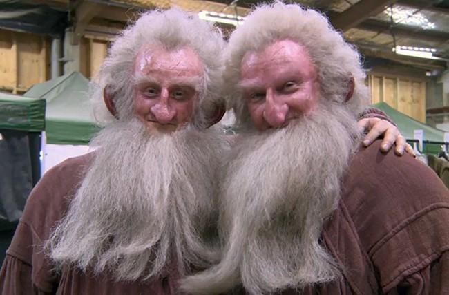 Ken Stott Peter Dillon-nal szintén a Hobbit forgatásán.
