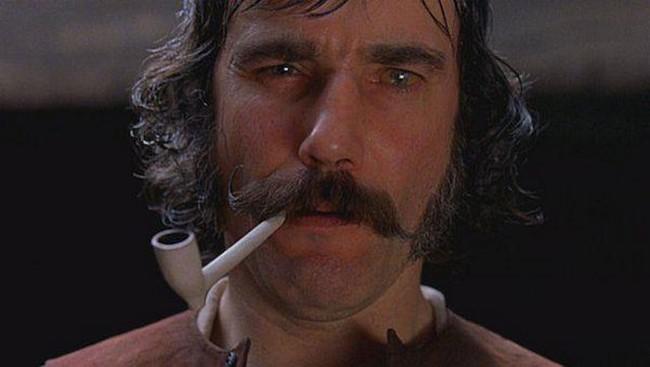 25. Daniel-Day Lewis, mint Bill a Butcher - New York bandái (2002)