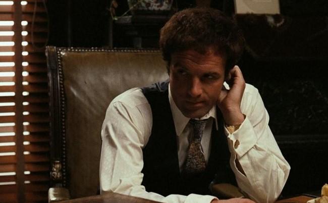 3) A híres szavak Sonny Corleone szájából: badabing, valójában improvizáció volt a színész James Caan részéről a Keresztapában.