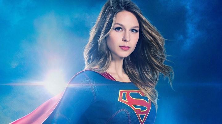 1) Melissa Benoist - Supergirl