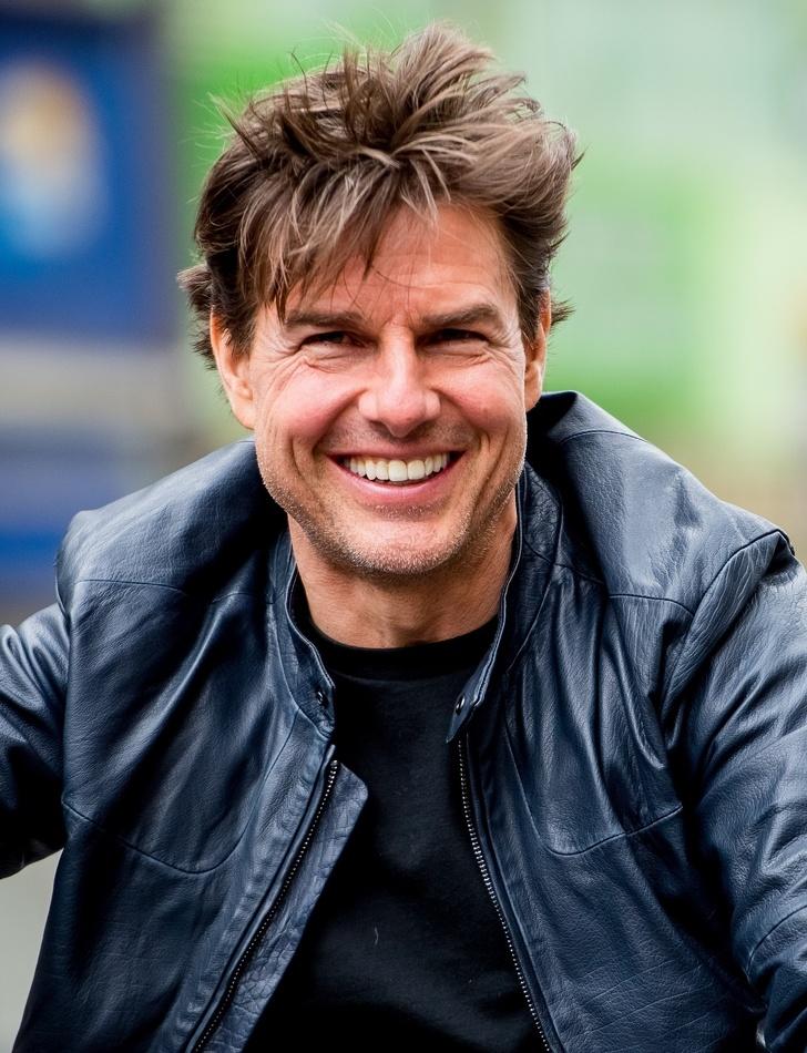 5)Tom Cruise — Thomas Cruise Mapother IV