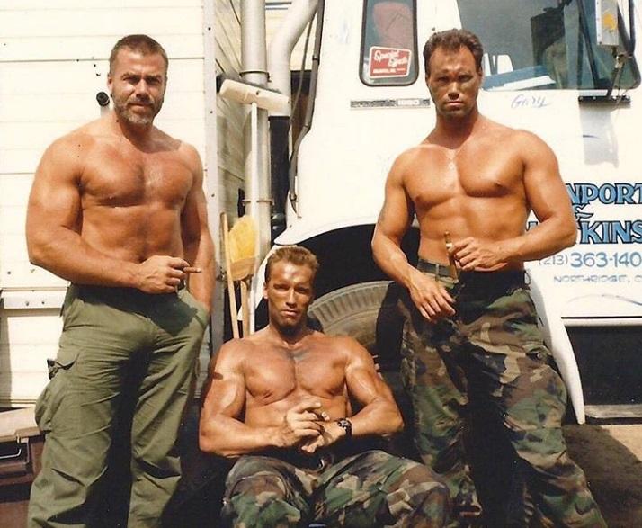 8. Arnold Schwarzenegger és Peter Kent, Ragadozó